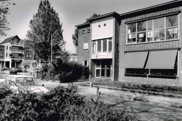 foto-jan-buwalda-peter-petersenschool-aan-de-kroonkampweg-2-1200C633C5FB-C612-E1BE-A345-B845047C199E.jpg