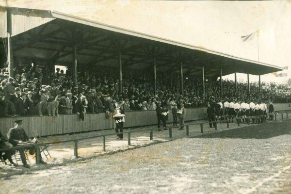 hb-be-quick-stadion-opening-28-september-1921-7-1200961D78DD-F9A7-D970-4297-B9B746638533.jpg